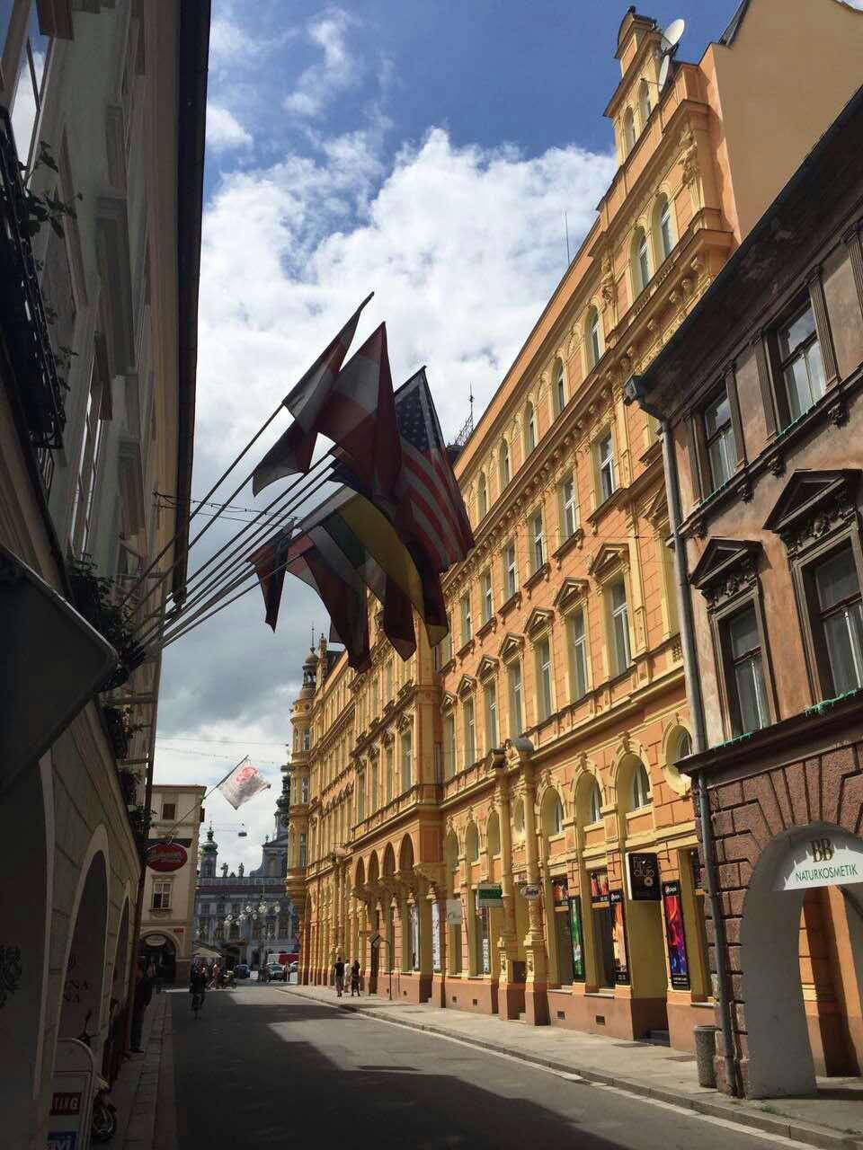 布拉格城堡一样迷人的城市