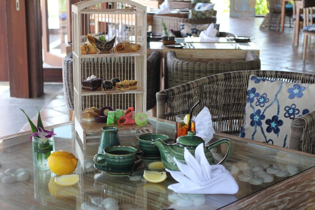 巴厘岛黑沙滩下午茶