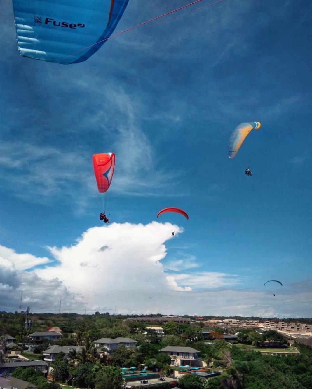 巴厘岛滑翔伞门票